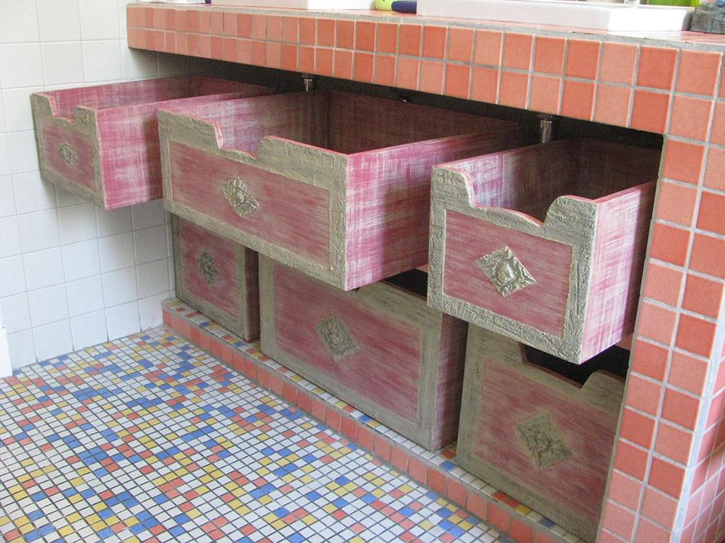Cajones en madera para mueble de obra en baño
