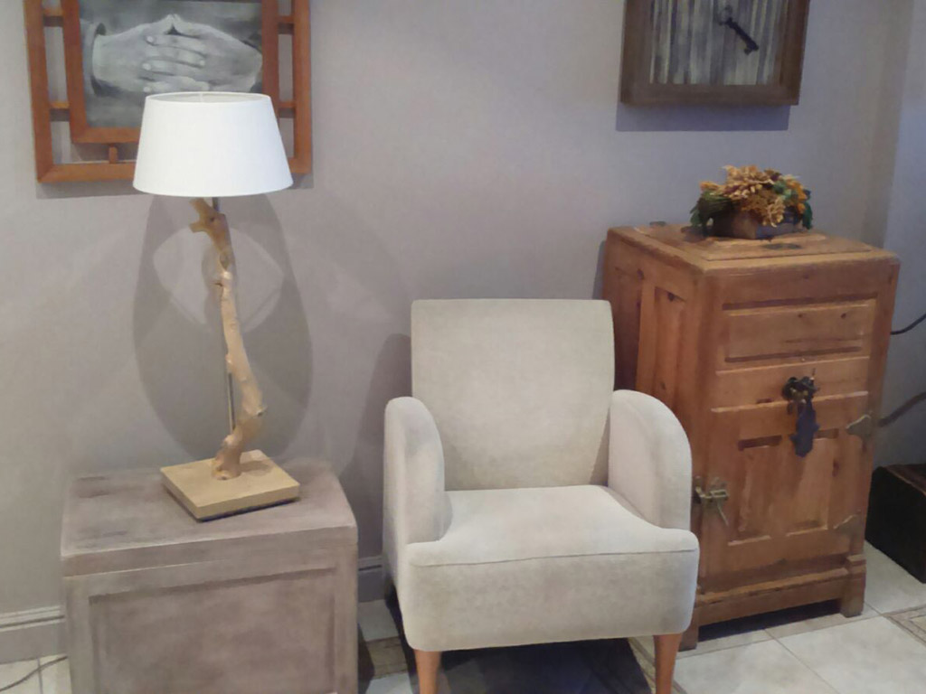 Muebles decorativos y funcionales de la tienda
