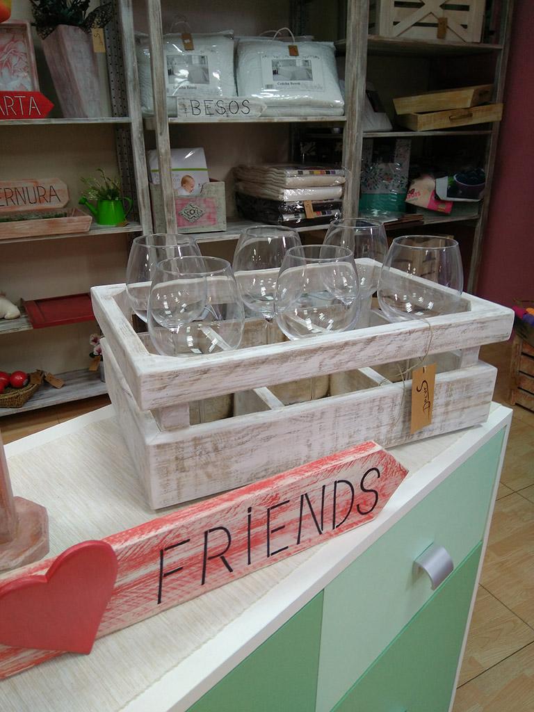 Objetos funcionales y bonitos en tienda